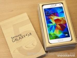 Imagini Dupa multa asteptare s-a lansat Samsung Galaxy S5. Este acesta ce ne asteptam?
