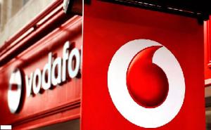 Imagini Mereu cu promotii pentru telefoane si abonamente, Vodafone are numai oferte de nota 10