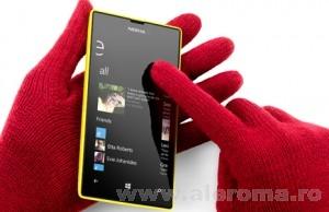 Imagini Fara a pierde nimic din calitate, Nokia ofera cel mai ieftin telefon de varf - Nokia Lumia 520